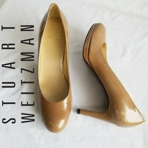 STUART WEITZMAN Tan 3 in heels rounded toe EUC8.5